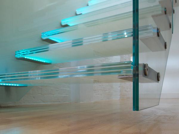 Parete In Vetro Strutturale: Facciata continua in vetro strutturale acciaio.